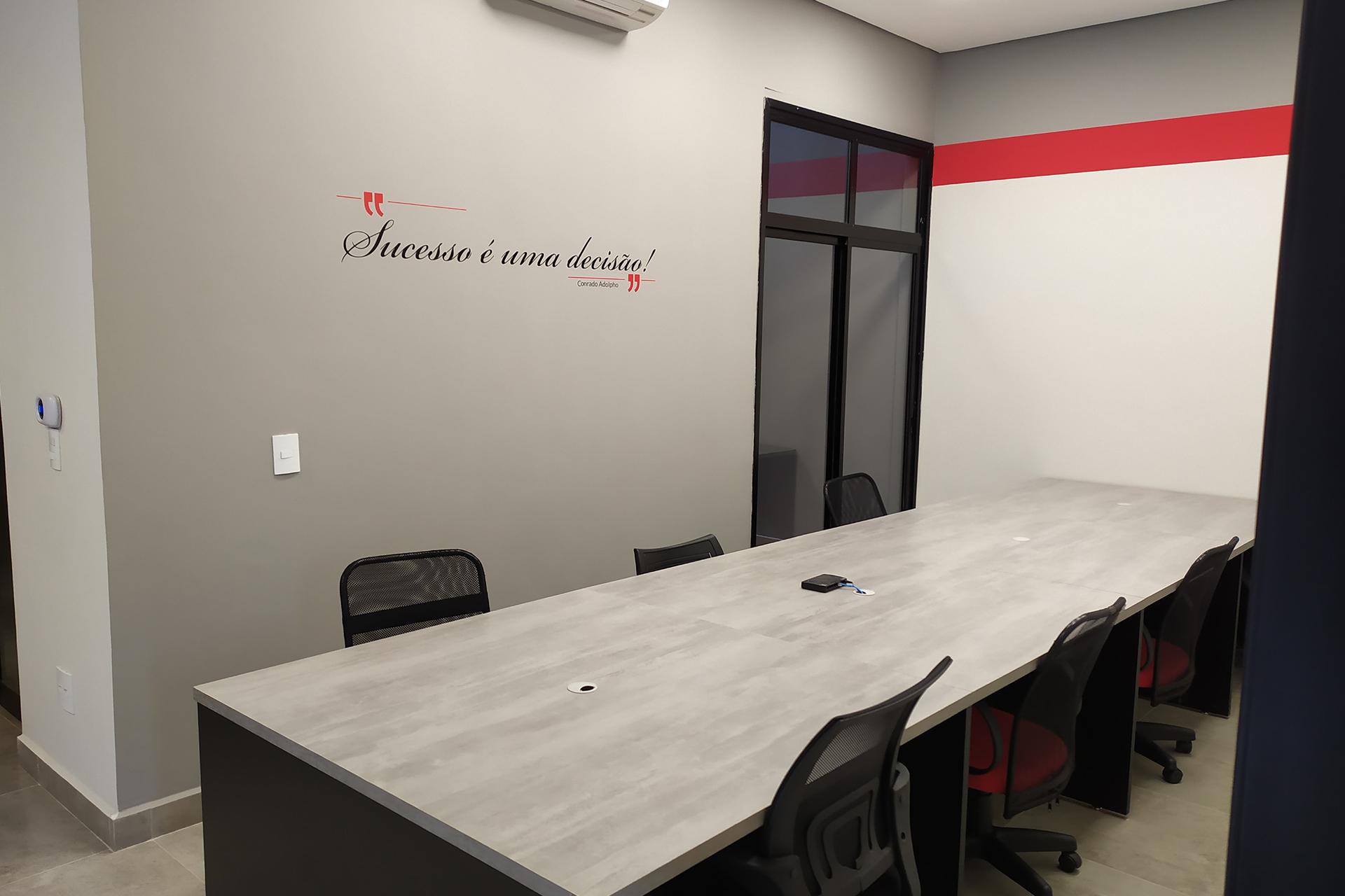 mesas disponíveis para coworking