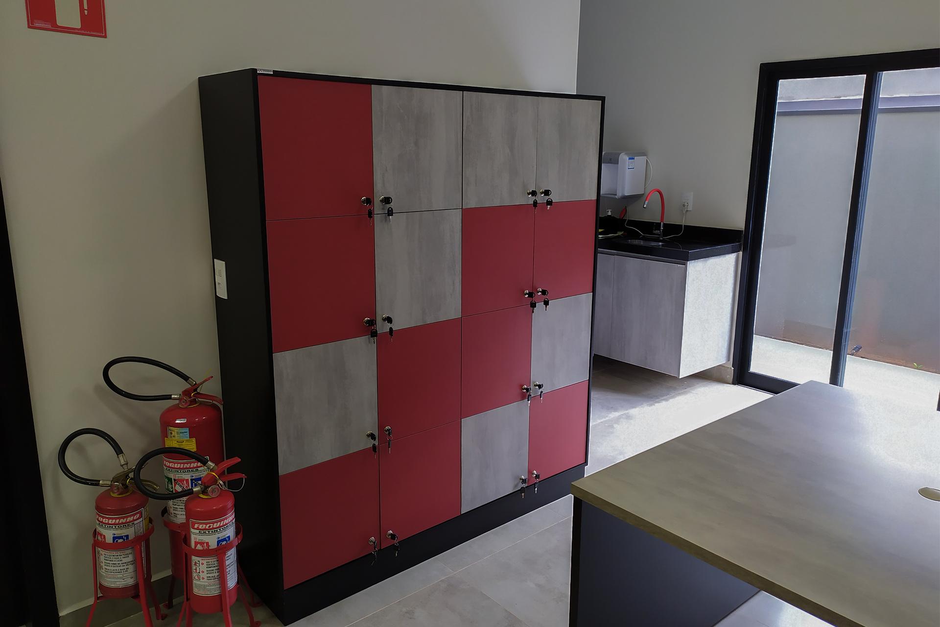 armários individuais